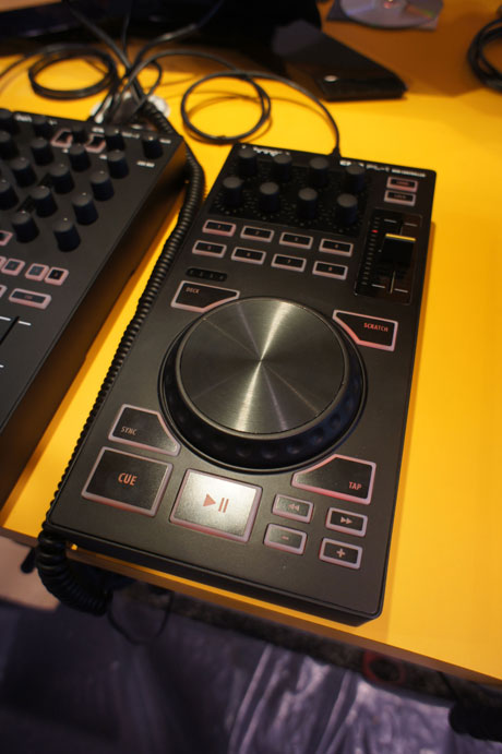 behringer cmd midi controllers Namm 2012