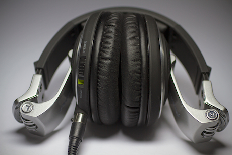 Pioneer HDJ-2000 DJ headphones review